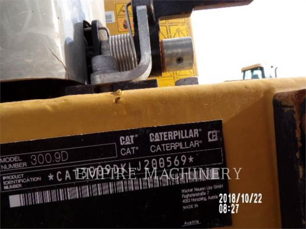 Caterpillar 300.9D、履带挖掘机、建筑设备