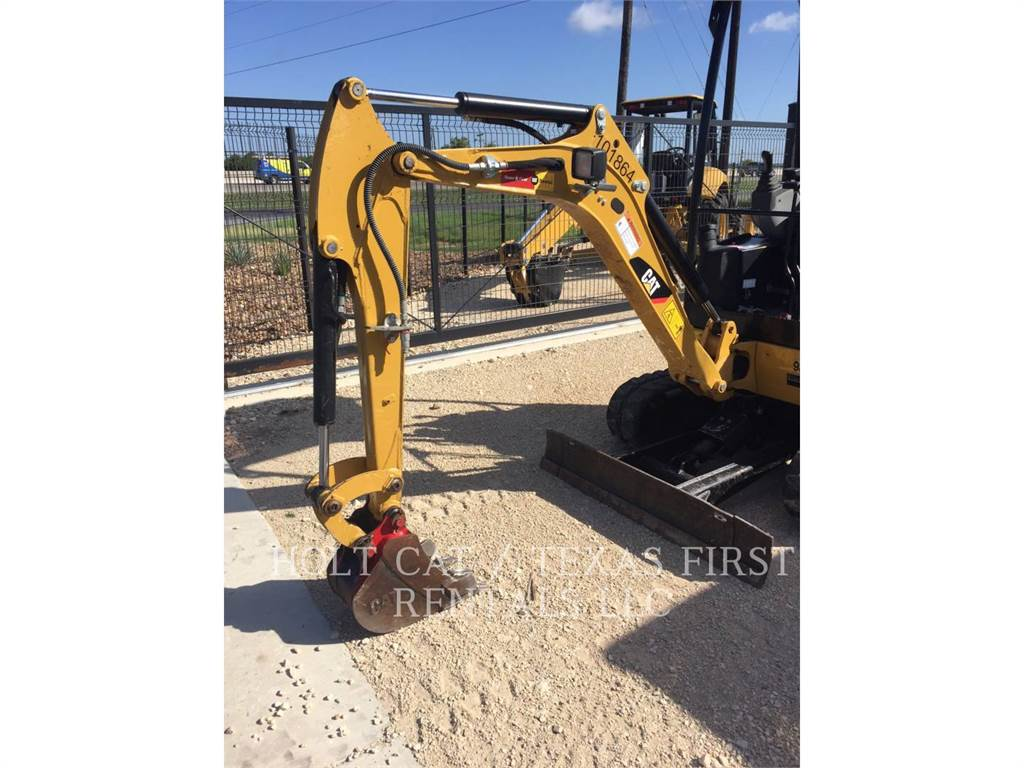 Caterpillar 301.7D CR, Excavadoras de cadenas, Construcción