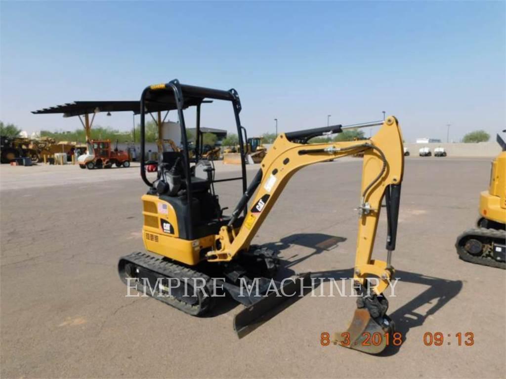 Caterpillar 301.7DCR、クローラー式油圧ショベル(パワーショベル・ユンボ)、建設