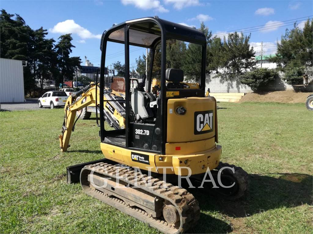 Caterpillar 302.7DCR, Excavatoare pe senile, Constructii