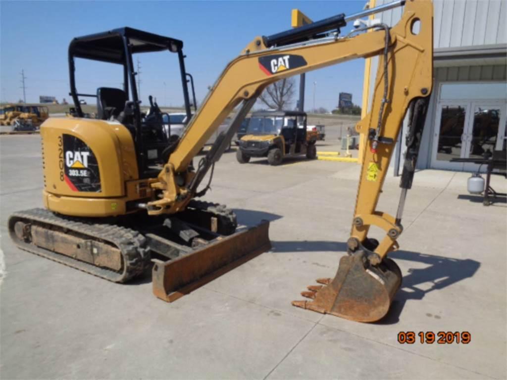 Caterpillar 303.5 E2 CR、クローラー式油圧ショベル(パワーショベル・ユンボ)、建設