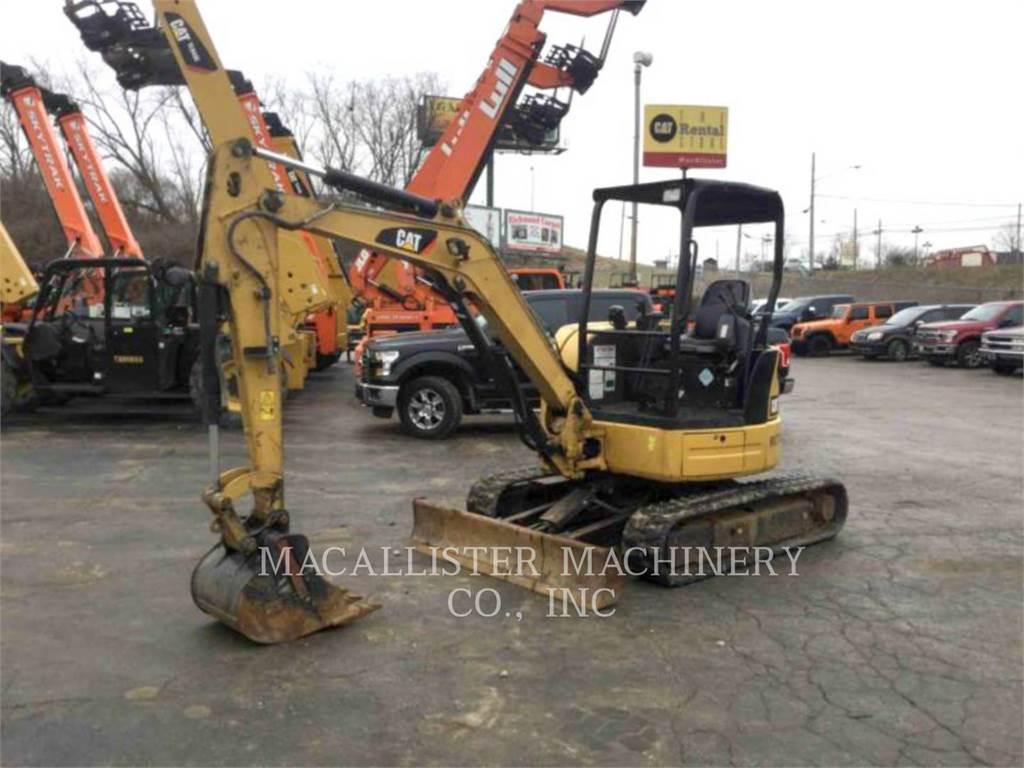 Caterpillar 303.5ECR、クローラー式油圧ショベル(パワーショベル・ユンボ)、建設
