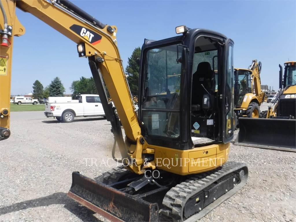 Caterpillar 303E CRCB, Excavadoras de cadenas, Construcción