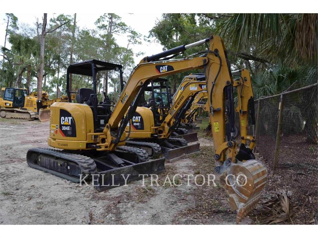 Caterpillar 304E2CR、クローラー式油圧ショベル(パワーショベル・ユンボ)、建設