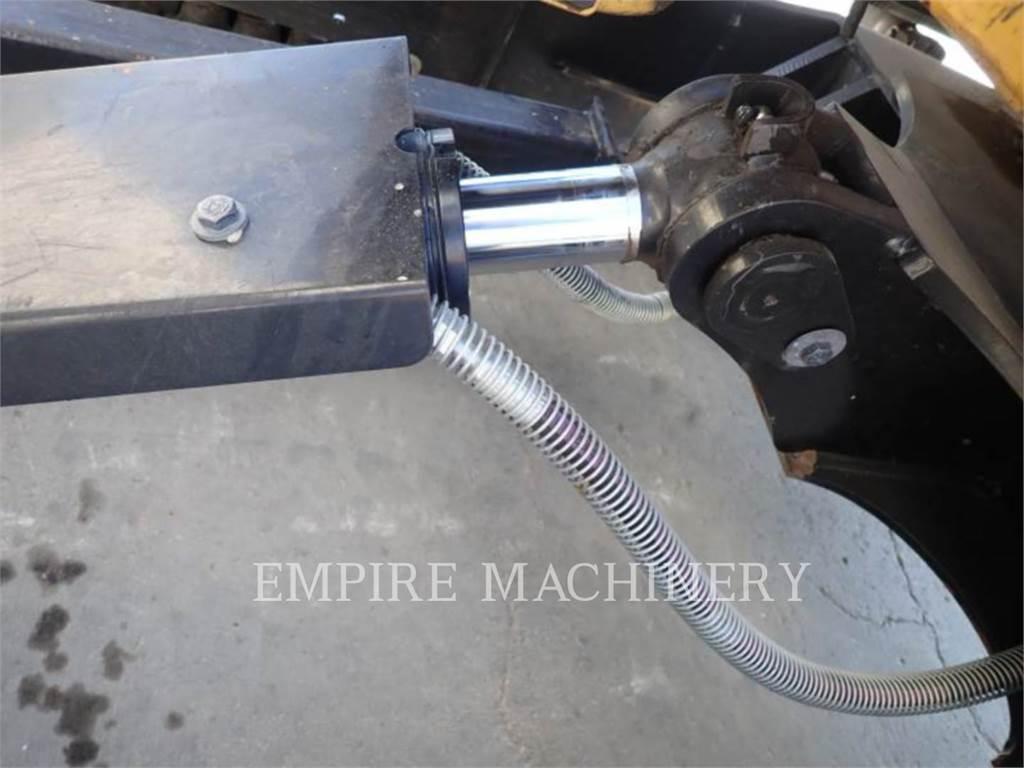 Caterpillar 305.5E2 OR、クローラー式油圧ショベル(パワーショベル・ユンボ)、建設