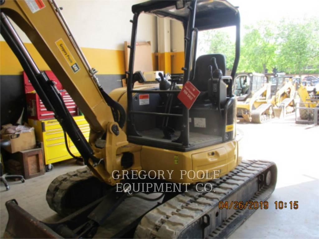 Caterpillar 305.5E2CR, Excavadoras de cadenas, Construcción
