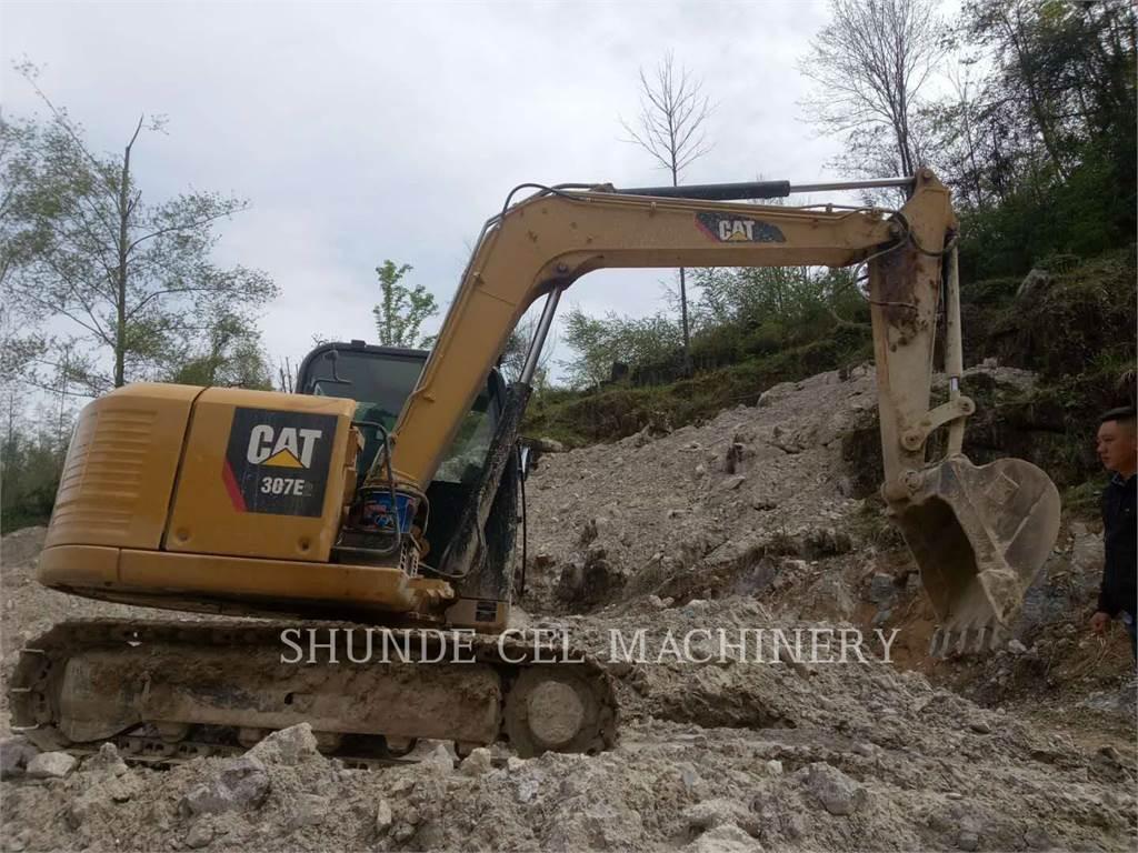 Caterpillar 307E2, Excavadoras de cadenas, Construcción