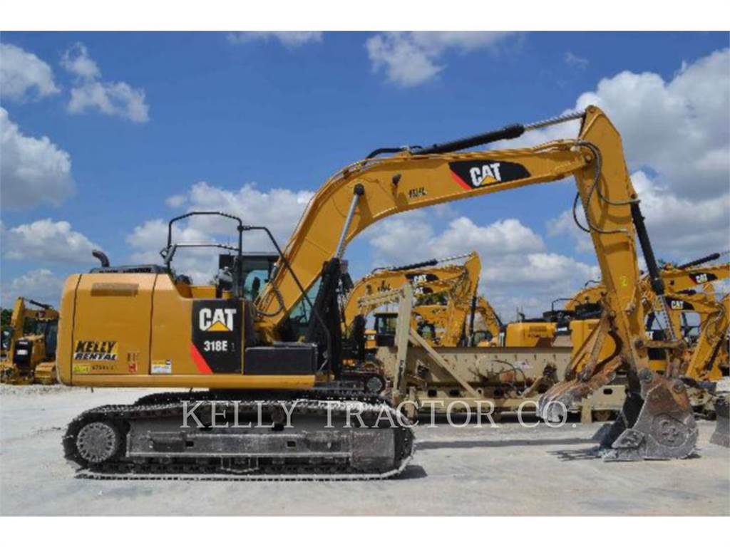 Caterpillar 318EL、クローラー式油圧ショベル(パワーショベル・ユンボ)、建設