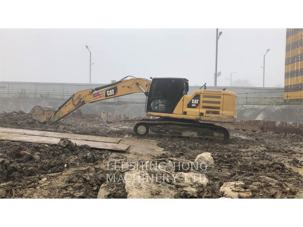 Caterpillar 320-07, Excavadoras de cadenas, Construcción