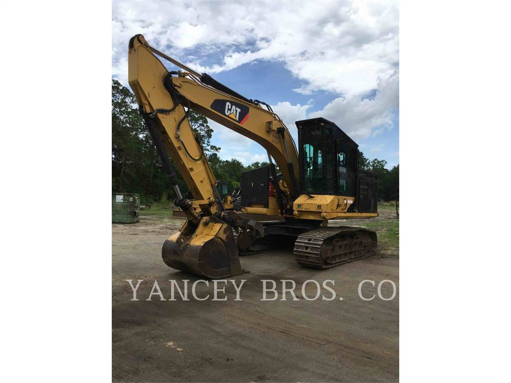 Caterpillar 320D FM, Crawler Excavators, Construction