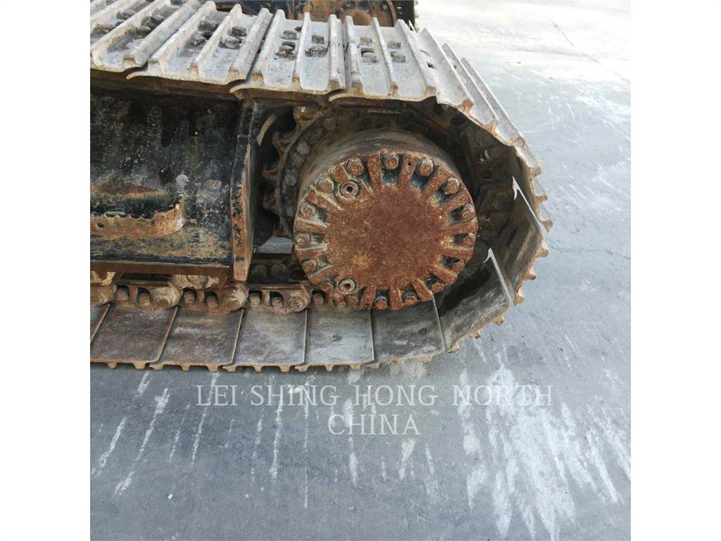 Caterpillar 320D2L, Excavadoras de cadenas, Construcción