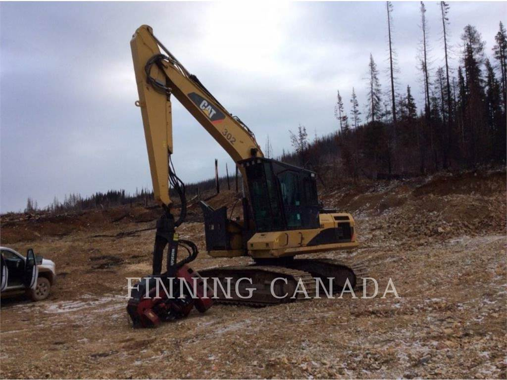 Caterpillar 320DFMHW、林業油圧ショベル(パワーショベル・ユンボ・バックホー)、林業機械