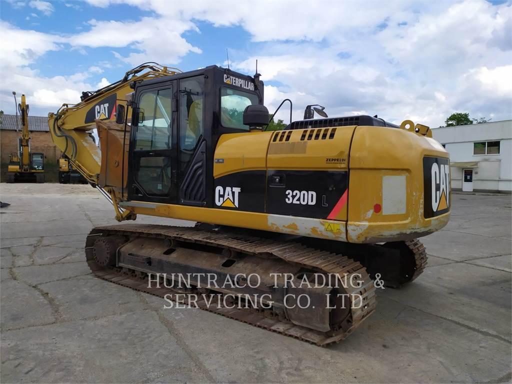 Caterpillar 320DL, Escavadoras de rastos, Equipamentos Construção