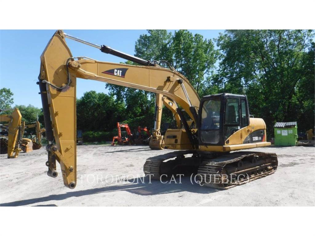 Caterpillar 320DLRR, Excavadoras de cadenas, Construcción