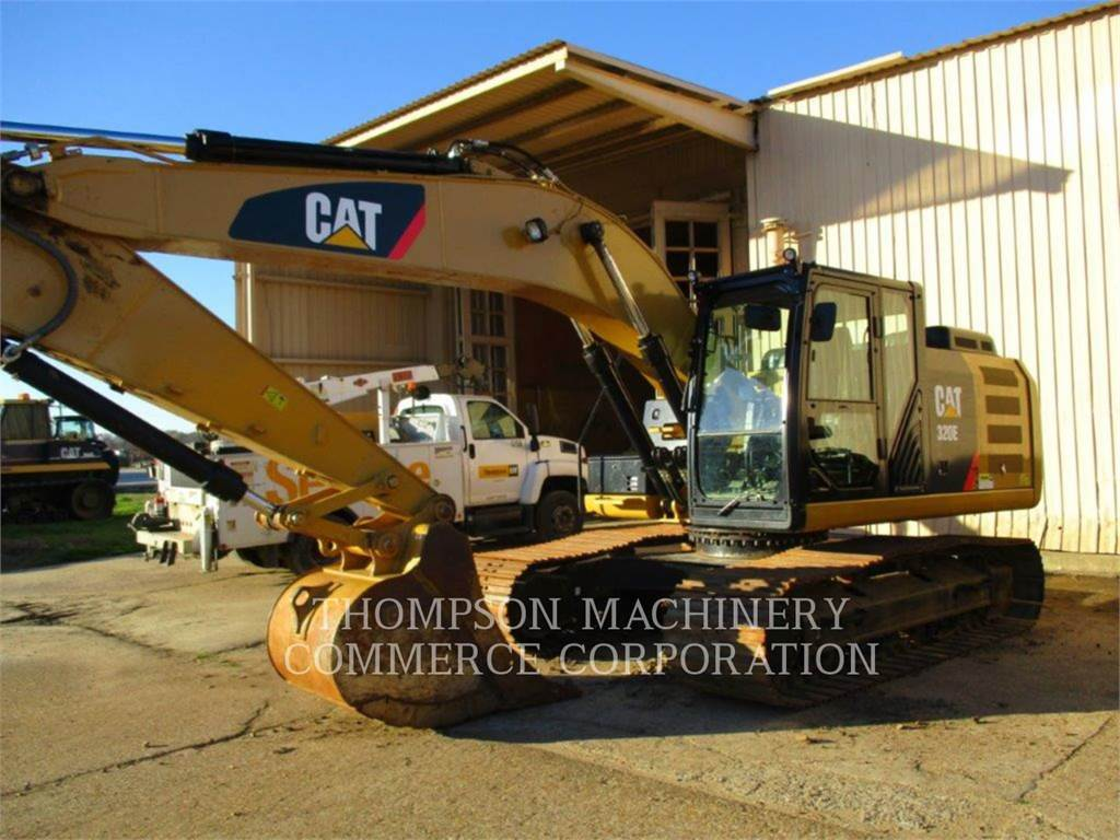 Caterpillar 320E, Excavatoare pe senile, Constructii