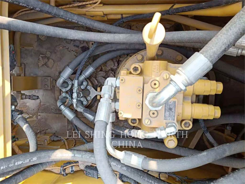 Caterpillar 323-07, Escavadoras de rastos, Equipamentos Construção