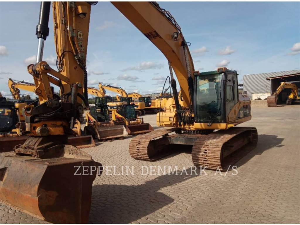 Caterpillar 323 D L, Crawler Excavators, Construction