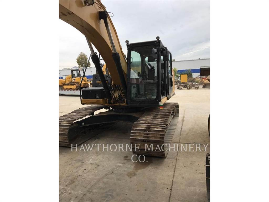 Caterpillar 324EL、クローラー式油圧ショベル(パワーショベル・ユンボ)、建設