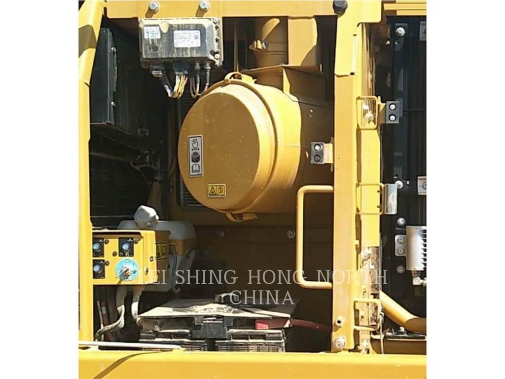Caterpillar 326D2L, Escavadoras de rastos, Equipamentos Construção