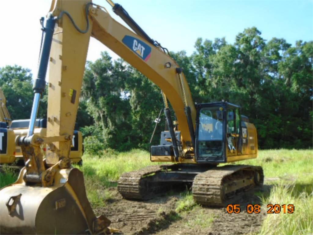 Caterpillar 329 E L, Excavatoare pe senile, Constructii