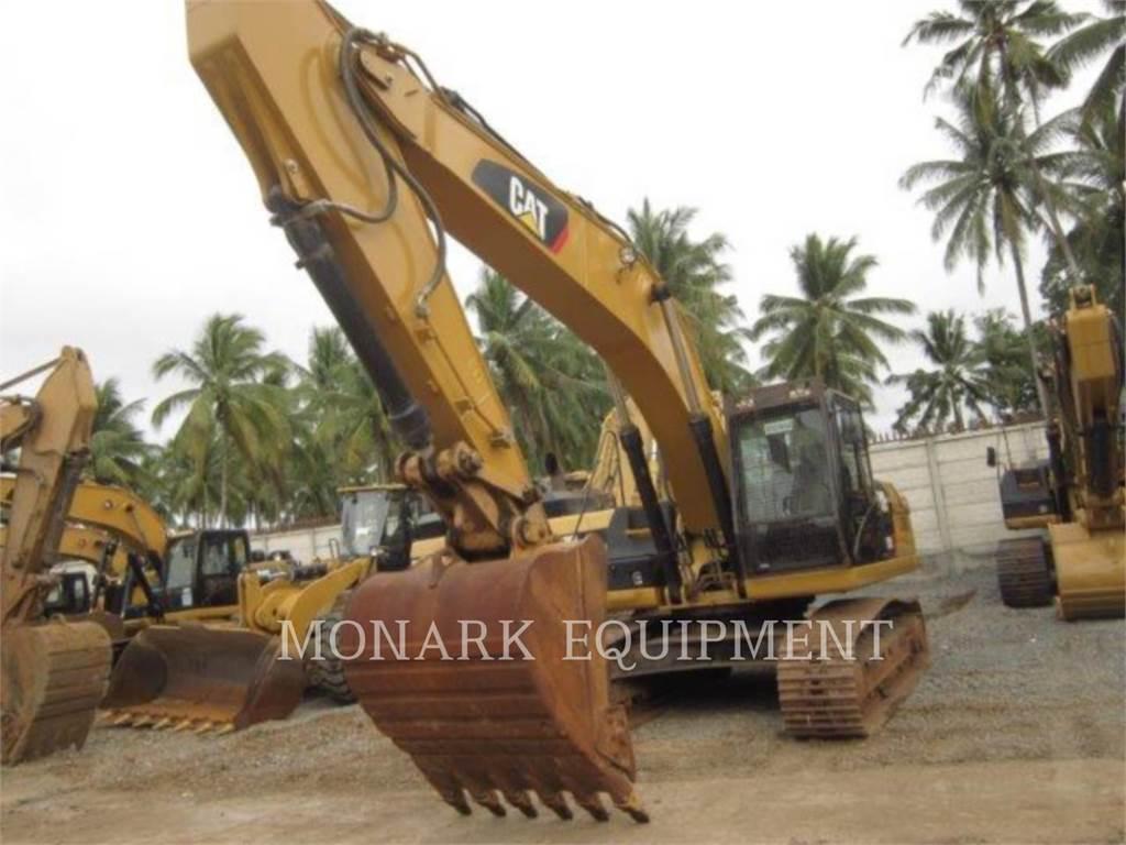 Caterpillar 329D2、クローラー式油圧ショベル(パワーショベル・ユンボ)、建設