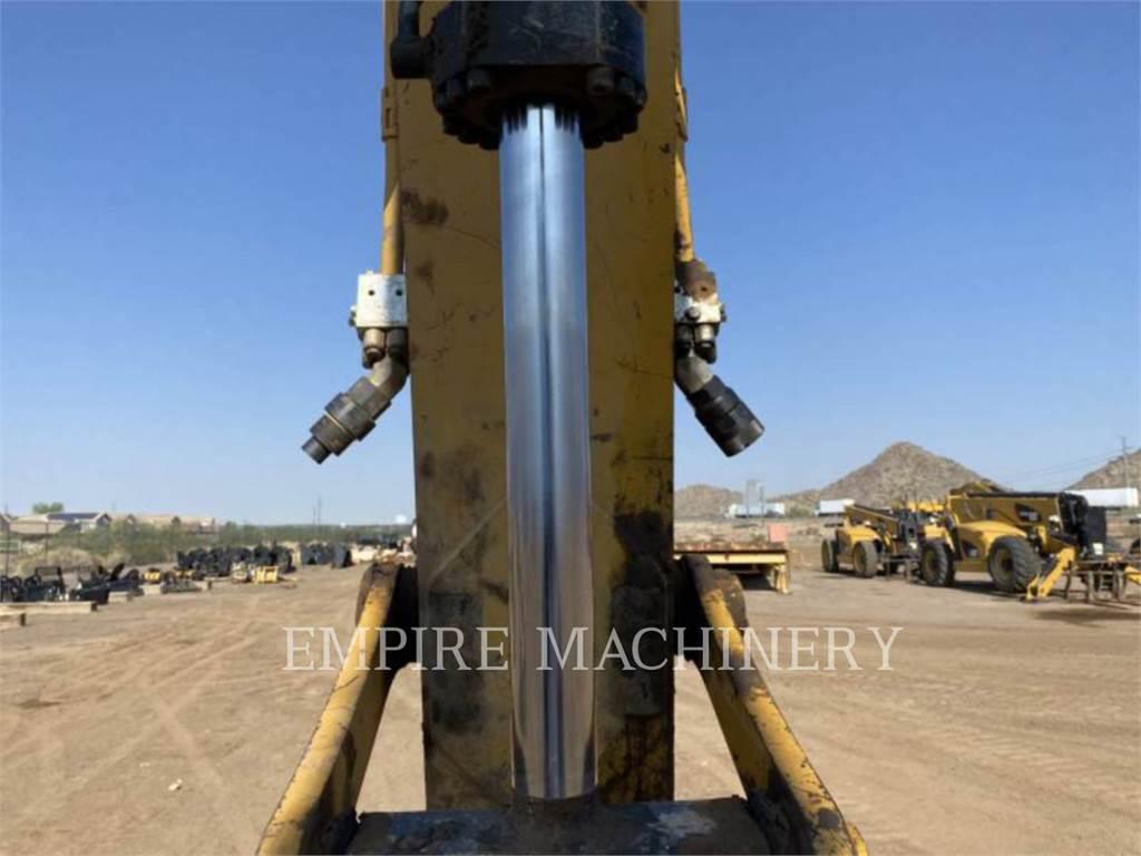 Caterpillar 330FL P, Excavatoare pe senile, Constructii