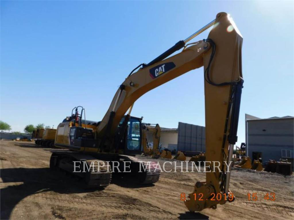 Caterpillar 336EL, Excavadoras de cadenas, Construcción