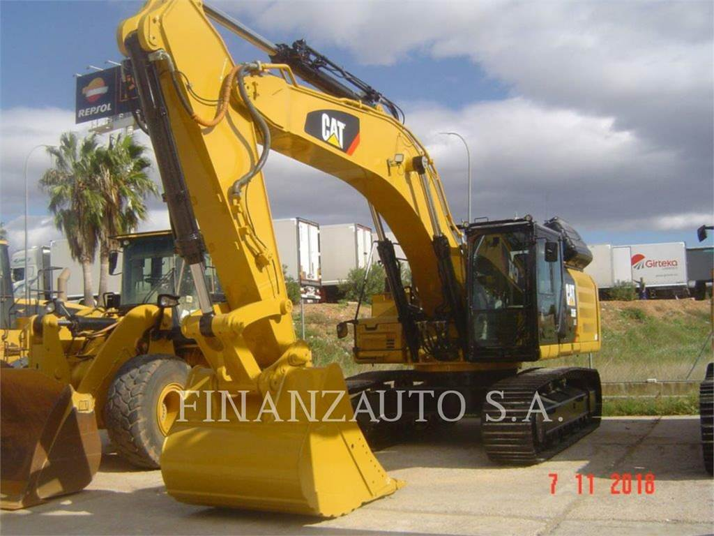 Caterpillar 336F, Excavatoare pe senile, Constructii