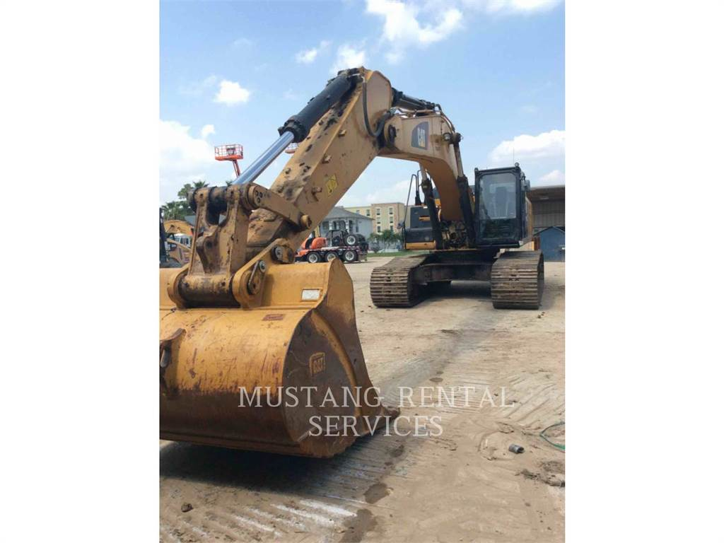 Caterpillar 349, Crawler Excavators, Construction