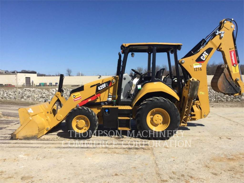 Caterpillar 420F2、バックホーローダ、建設