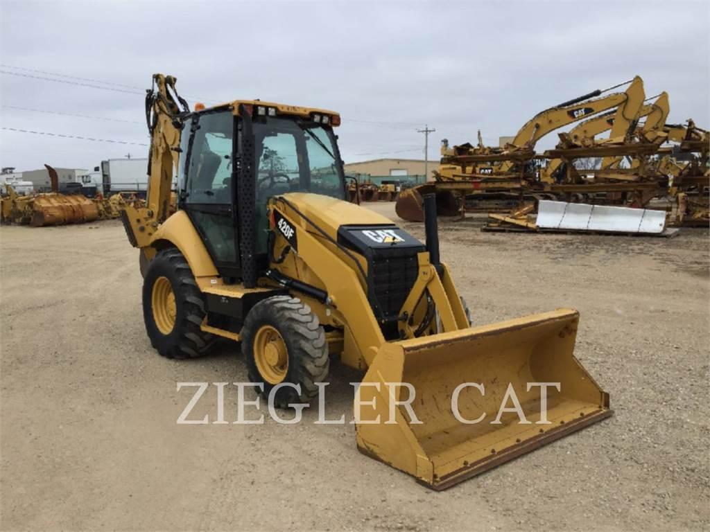 Caterpillar 420FH2, buldoexcavatoare, Constructii