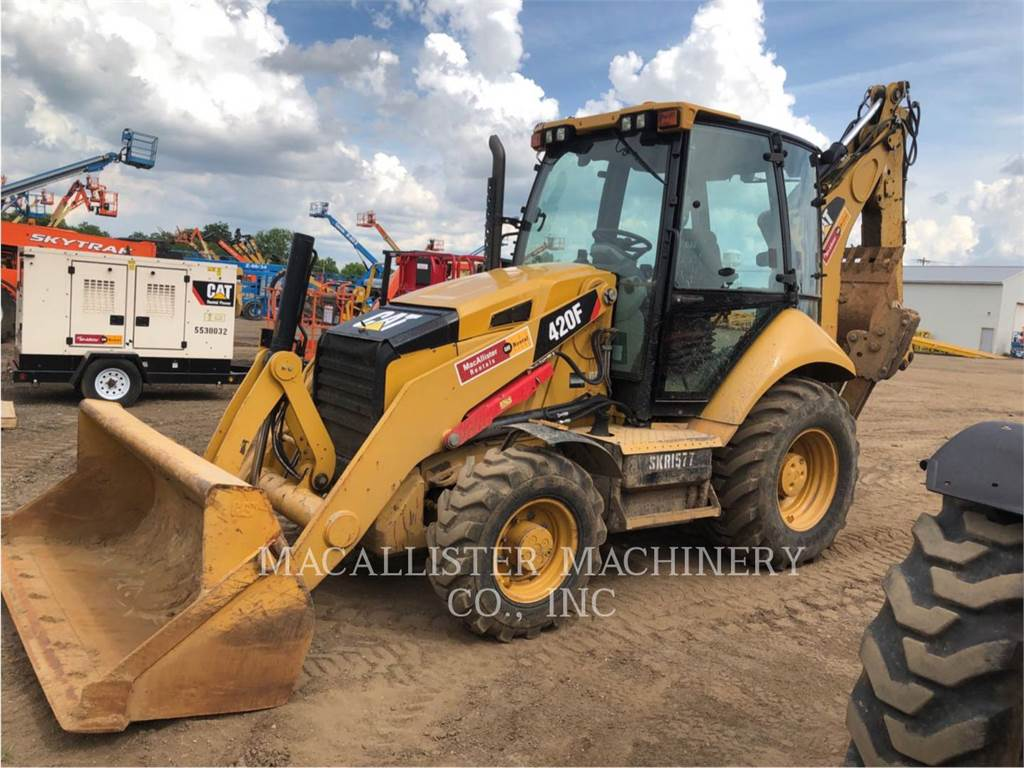 Caterpillar 420FST, chargeuses-pelleteuses, Équipement De Construction