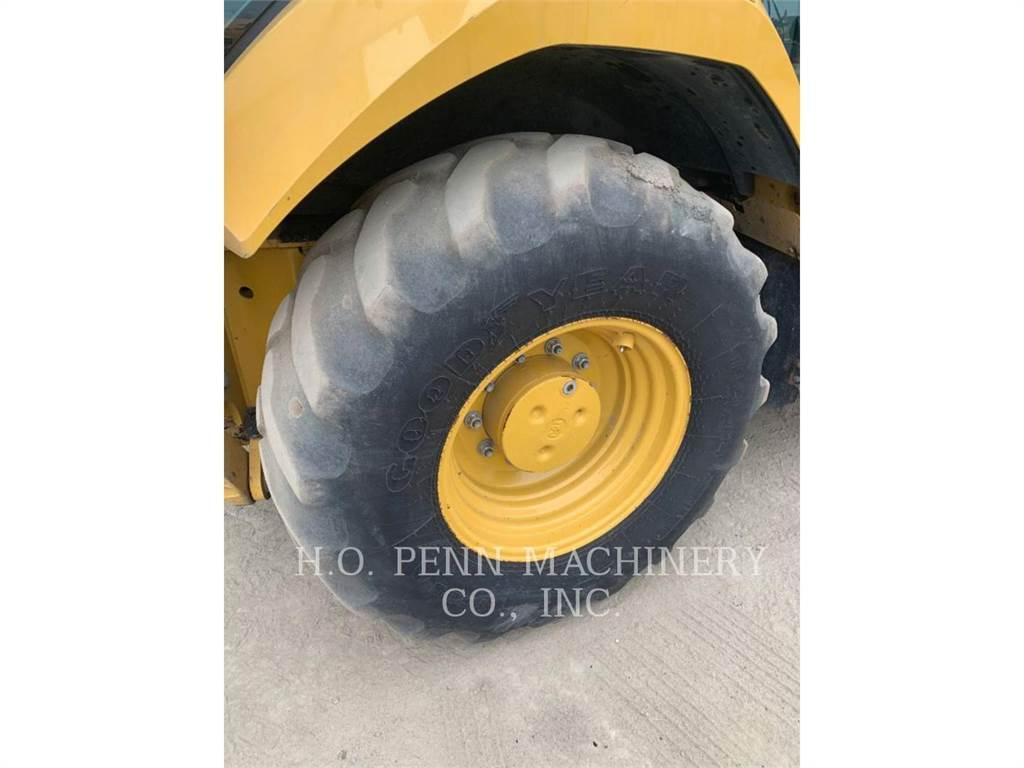 Caterpillar 430F2ST, buldoexcavatoare, Constructii