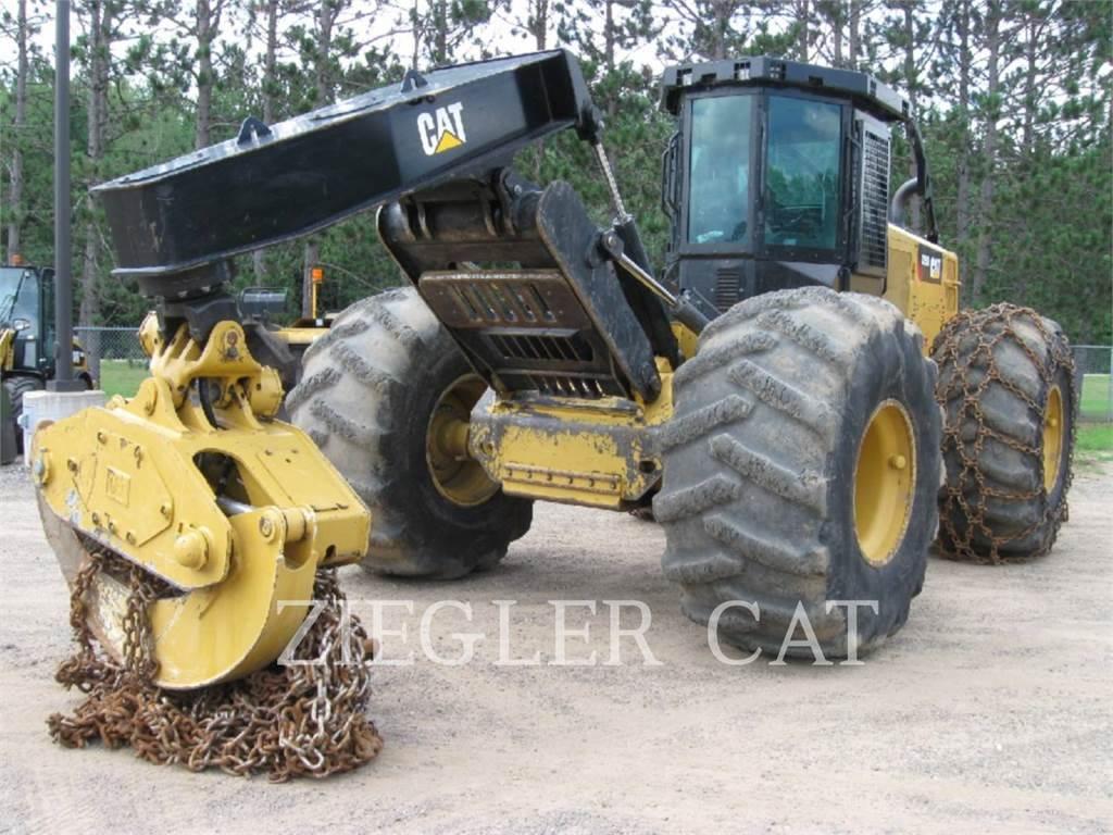 Caterpillar 525D, silvicultura - trator florestal, Florestal