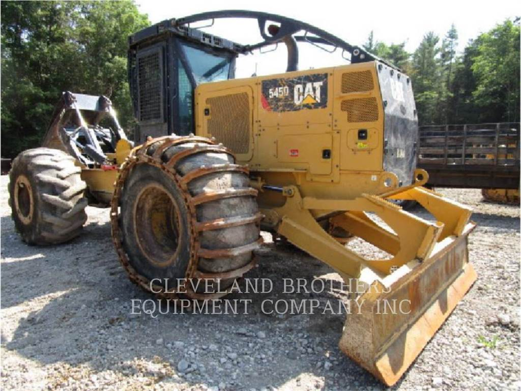 Caterpillar 545D, Chargeuse forestière, Forestier