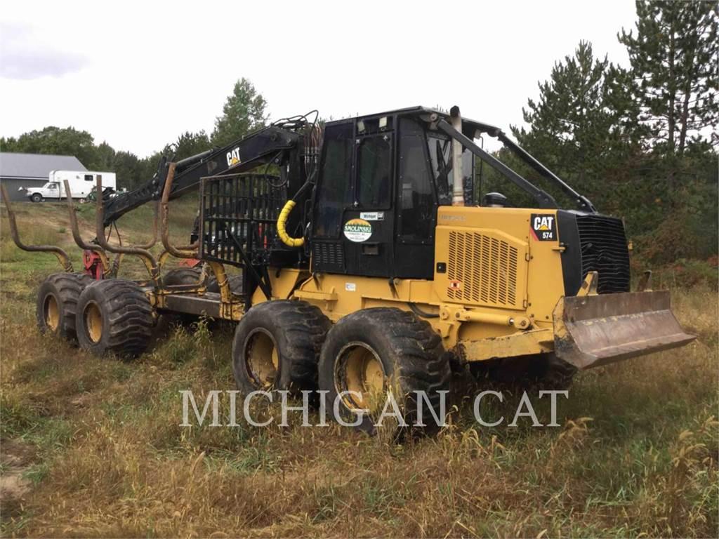 Caterpillar 574, silvicultura -  trator transportador, Florestal