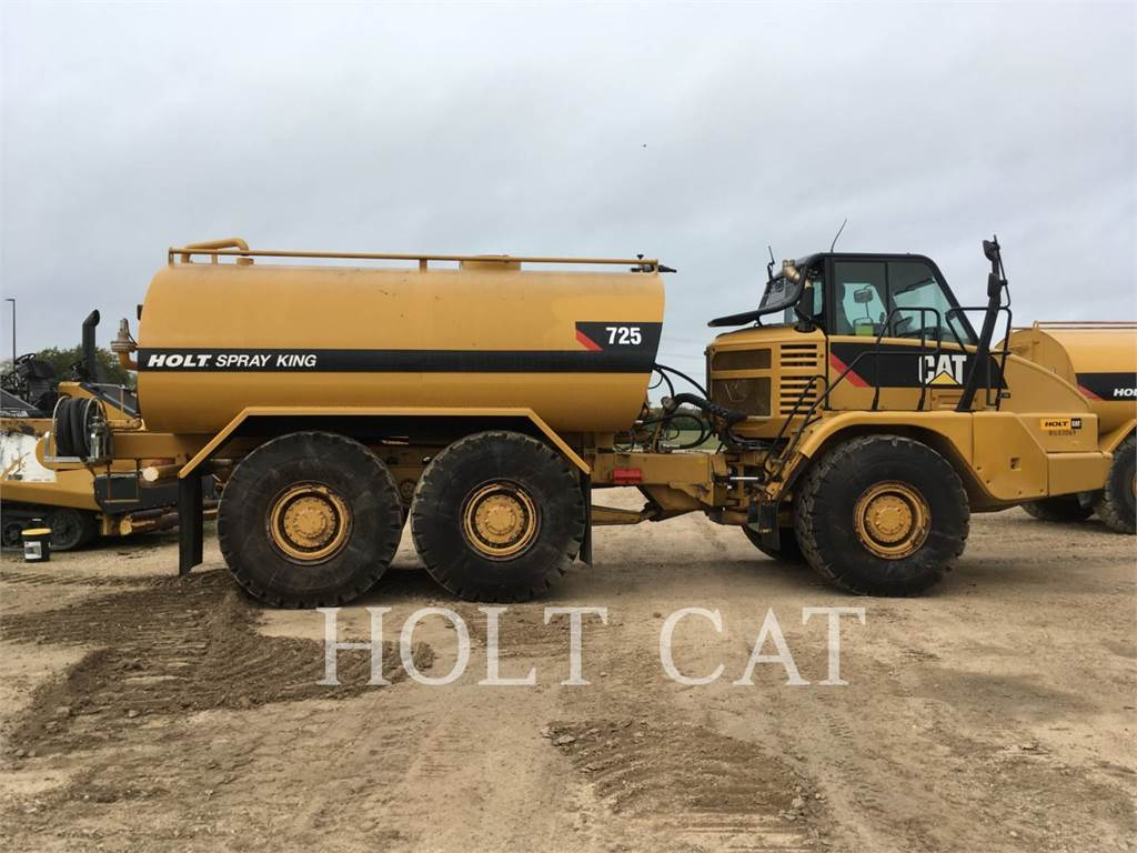 Caterpillar 725, Articulated Dump Trucks (ADTs), Construction