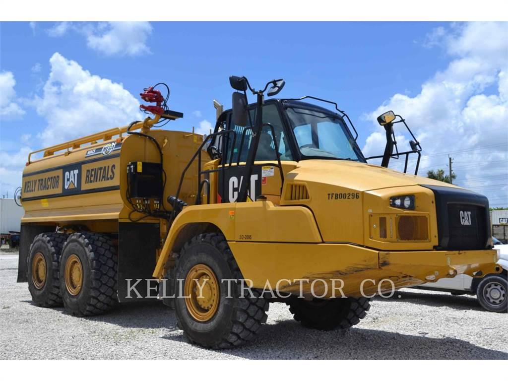 Caterpillar 725C, camions citerne a eau, Transport