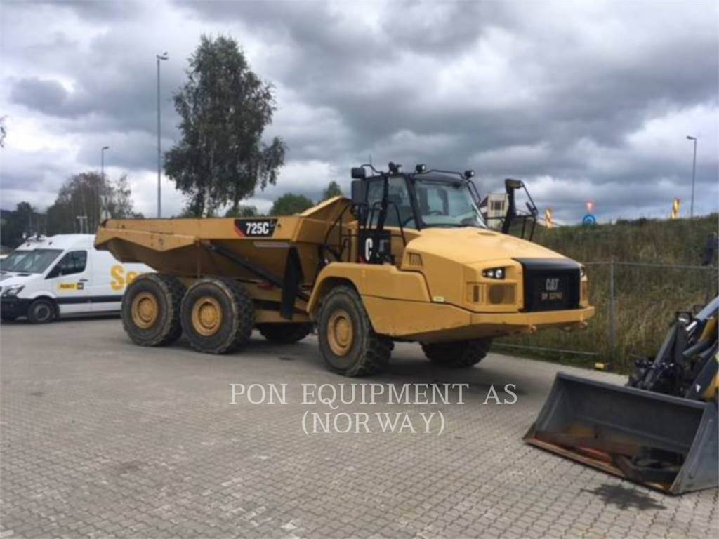 Caterpillar 725C, Transportoare articulate, Constructii
