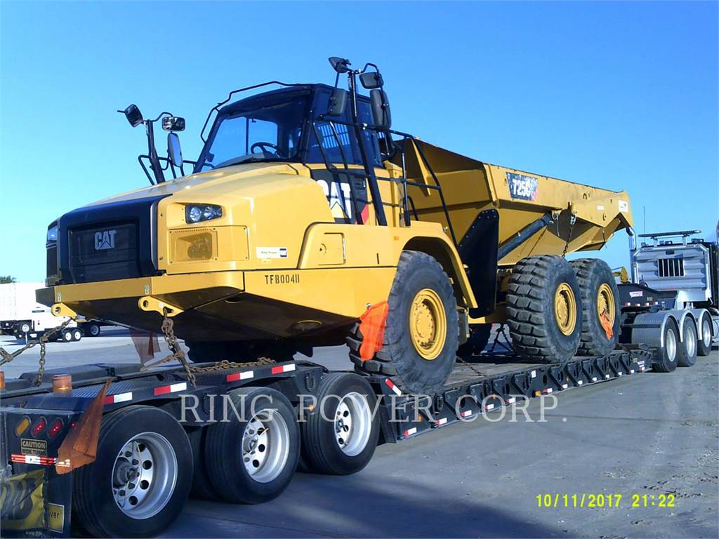 Caterpillar 725CWW, cisterne apă, Transport