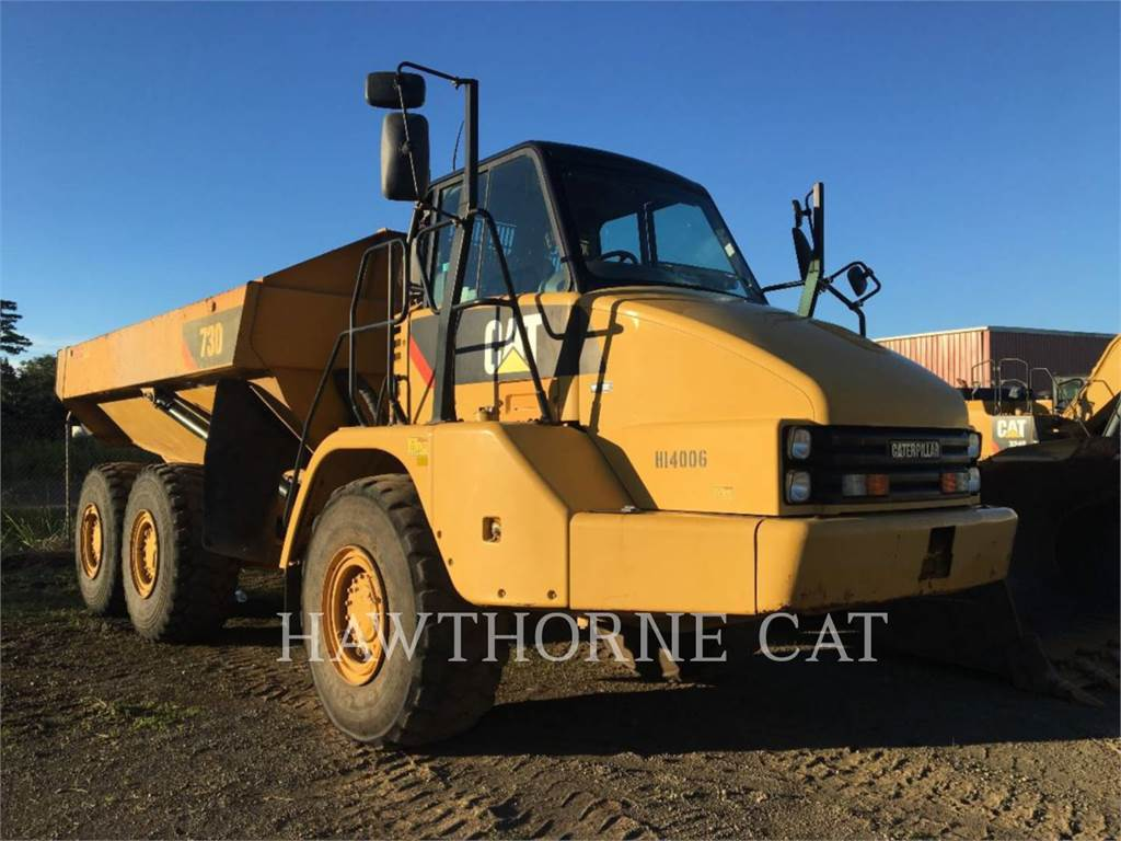 Caterpillar 730, dump trucks, Transport