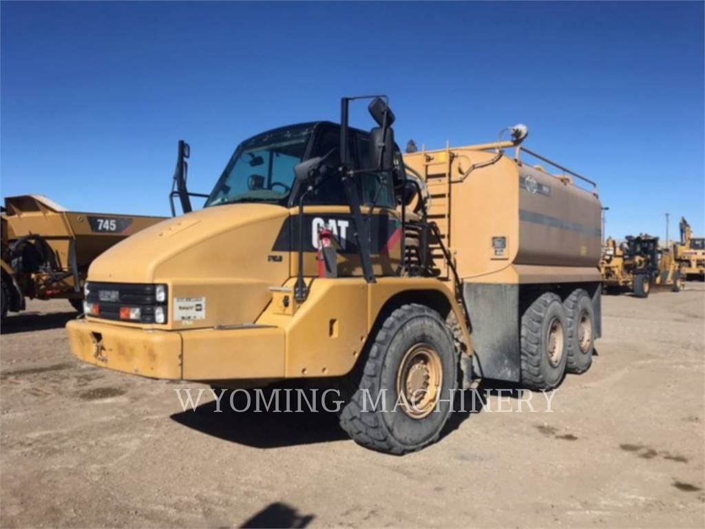 Caterpillar 730 WT, Knik dumptrucks, Bouw