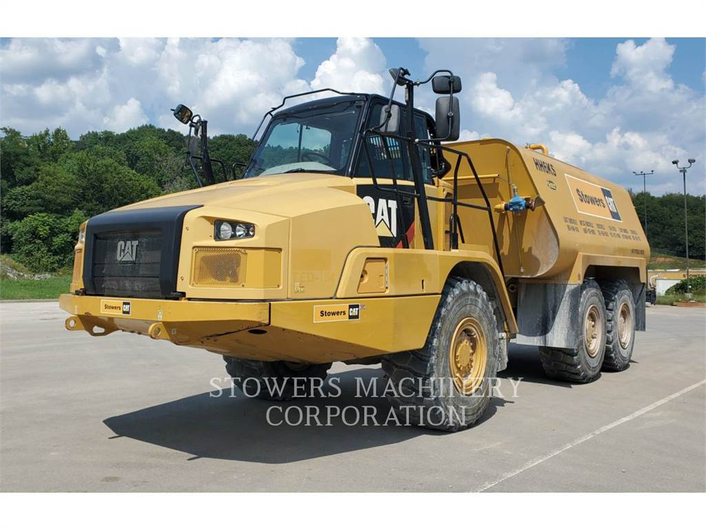 Caterpillar 730 WT、铰接式自卸车、建筑设备