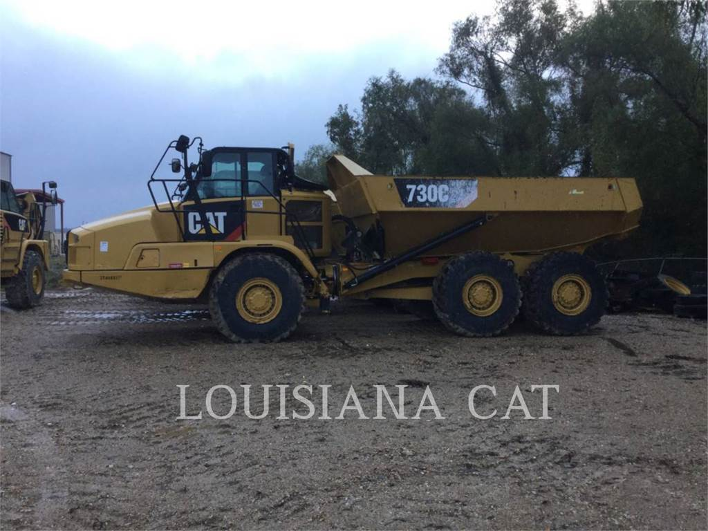 Caterpillar 730C2、铰接式自卸车、建筑设备