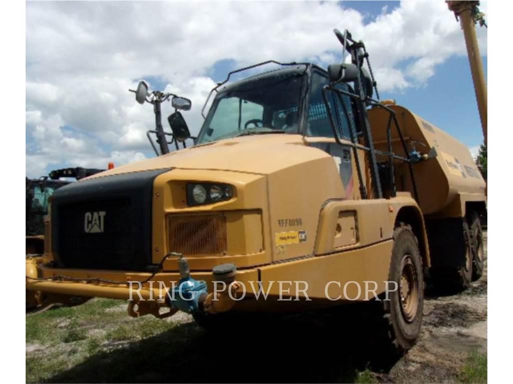 Caterpillar 730CWW, Caminhões-cisterna, Transporte