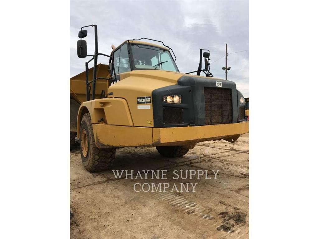 Caterpillar 735B、铰接式自卸车、建筑设备