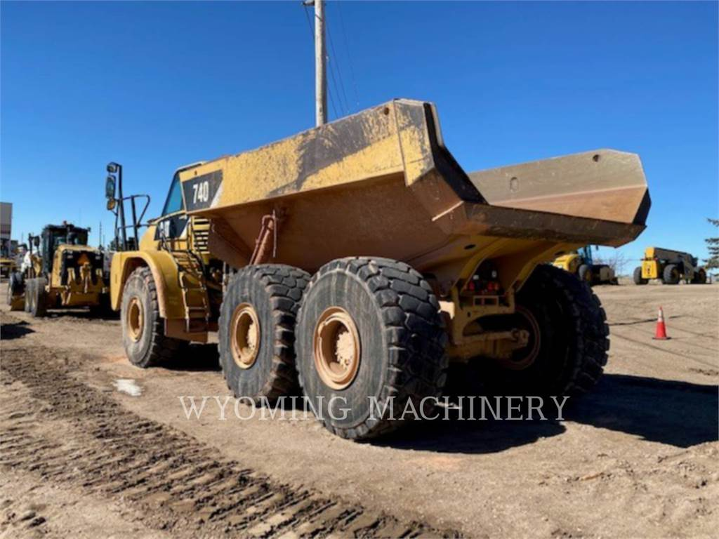 Caterpillar 740, Articulated Dump Trucks (ADTs), Construction