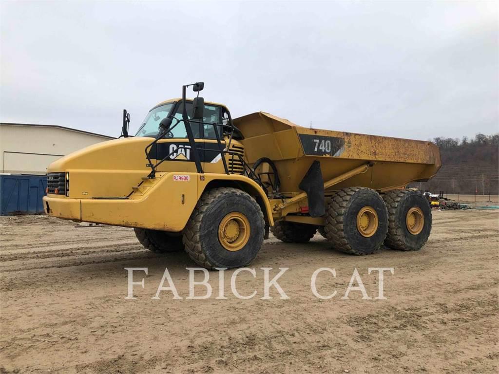 Caterpillar 740、アーティキュレート式ダンプトラック、建設