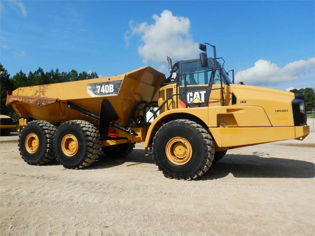 Caterpillar 740 B, Knik dumptrucks, Bouw