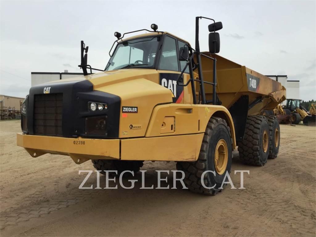 Caterpillar 740B、アーティキュレート式ダンプトラック、建設